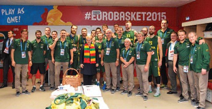 The Lithuanian team with President Grybauskaitė. (ELTA, Robert Dačkus)